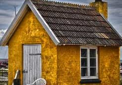 Leslie Wells Realty Wive's Tales | Yellow House